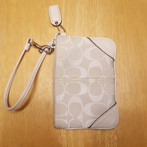 Coach mini cream sig fabric and leather wristlet